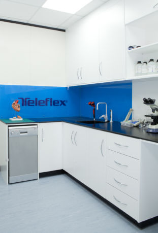 Clinical Cabinets Manufacturers Of